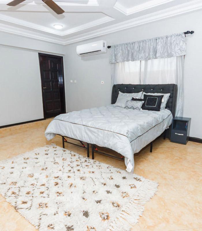 spacious bedx700